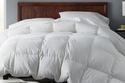 Lofty Down Comforter أنيق على السرائر ودافء!