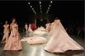 أول عرض لأسبوع دبي للموضة الموسم الخامس Ezra Couture