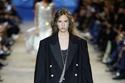 مجموعة Louis Vuitton لربيع وصيف 2022 03