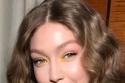 من درجات الباستيل ظلال عيون باللون الأصفر