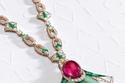 قلادة ساحرة الجمال من مجوهرات بولغاري