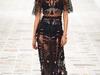 فيديو: كواليس عرض أزياء Versace في أسبوع الموضة في ميلان