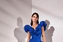 فستان من التافتا مميز لو اختارته أحلام بالتأكيد ستزيد من طوله