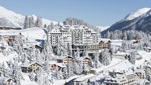 أفخم منتجعات التزلج على الثلوج حول العالم
