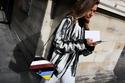إطلالات ستريت ستايل مميزة لمشاهير أسبوع الموضة في باريس 2016