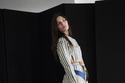 فستان مميز بخطوط طولية في مجموعة Louis Vuitton