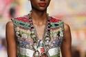 اكسسوار ضخم من Dolce & Gabbana