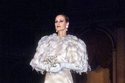 شاهدي مجموعة من فساتين الزفاف المخلدة من تصميم كارولينا هيريرا