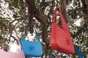 أجمل الحقائب الصغيرة الصيفية الملونة من Versace