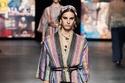 الخطوط الطولية متواجدة في مجموعة Dior