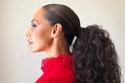 لصاحبات الشعر المجعد، تزيد هذه التسريحة من كثافة الشعر