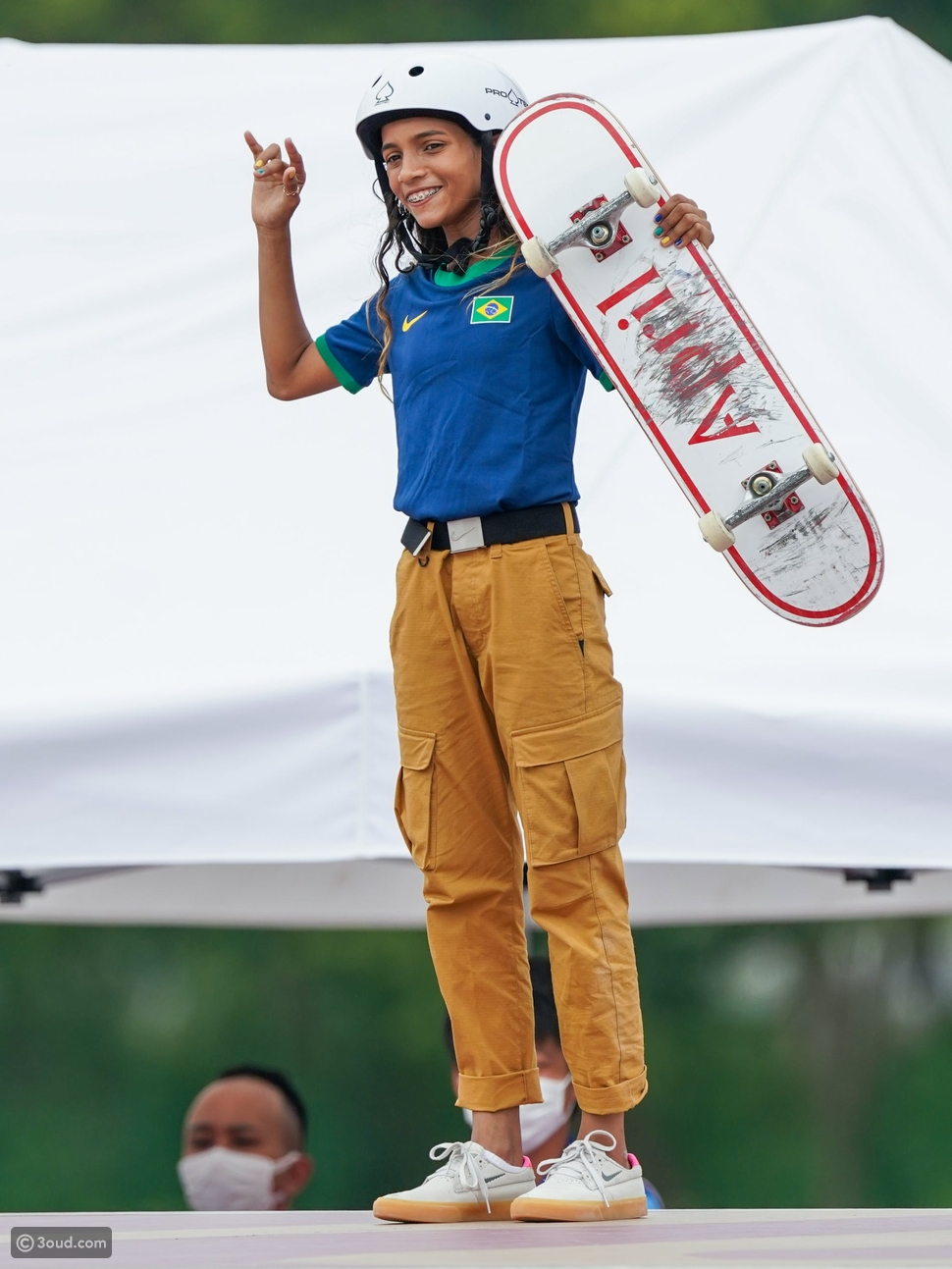 ريسا ليل ترتدي Nike:
