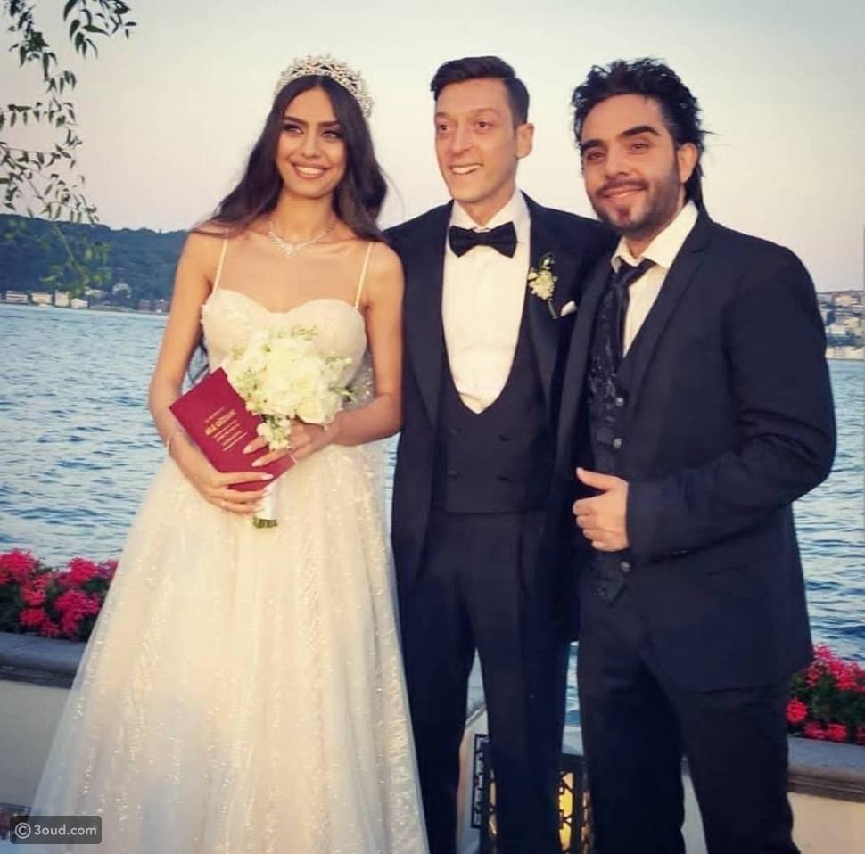 أردوغان وزوجته شاهدان على زواج مسعود أوزيل وأمينة غولشي