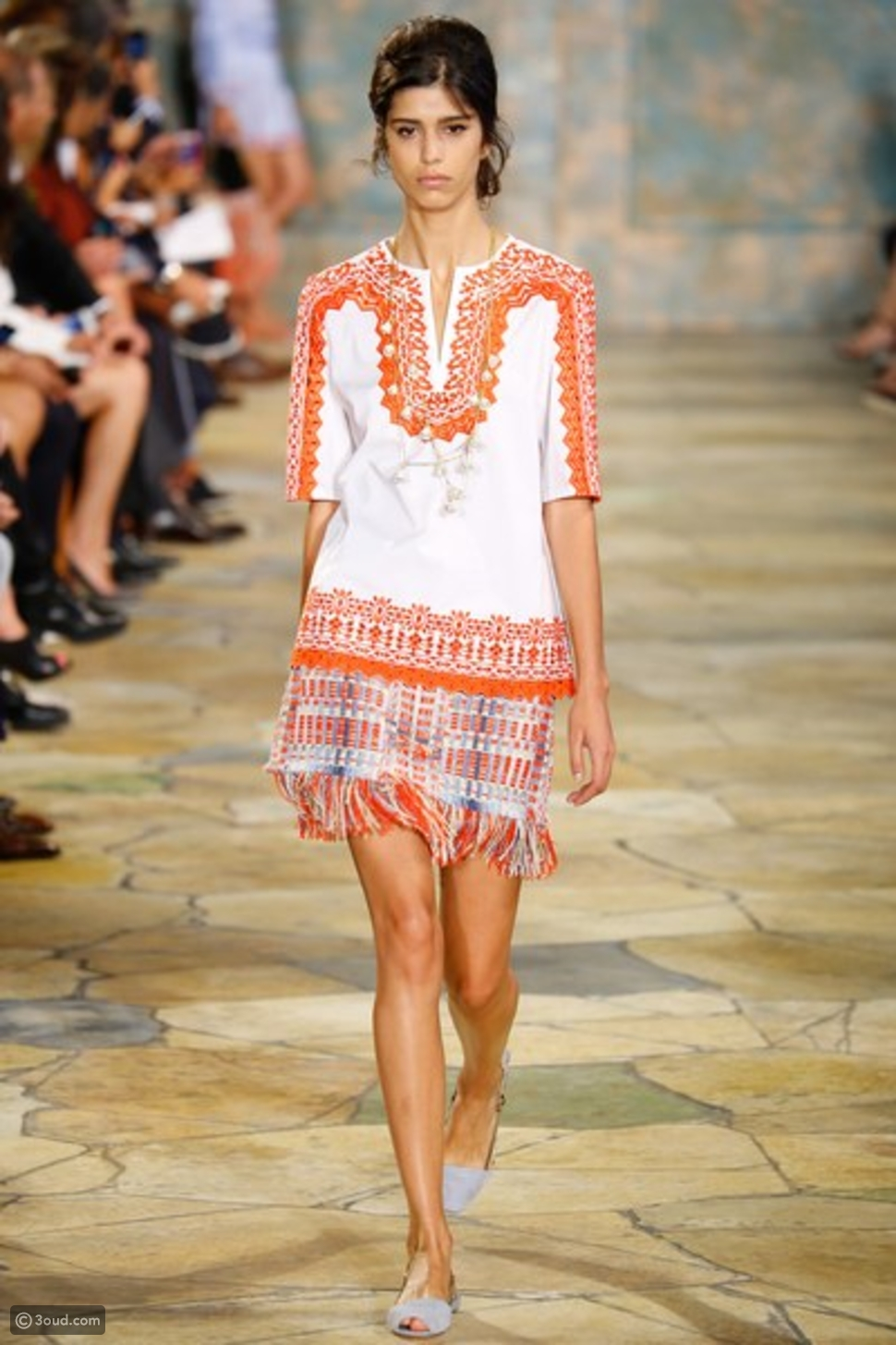 3oud Editor's Picks from Tory Burch SS16 (أروع فساتين توري بيرش لربيع صيف 2016)