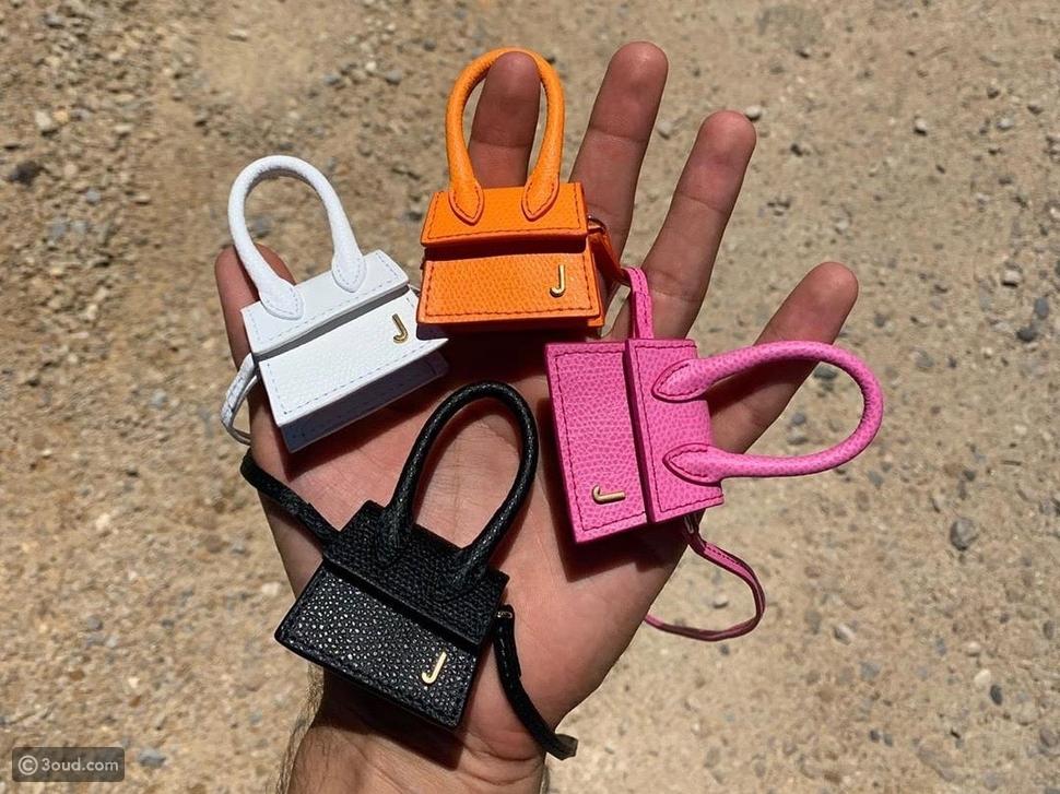 أصغر حقيبة في العالم صُنعت خصيصاً لهذه النجمة من Valentino