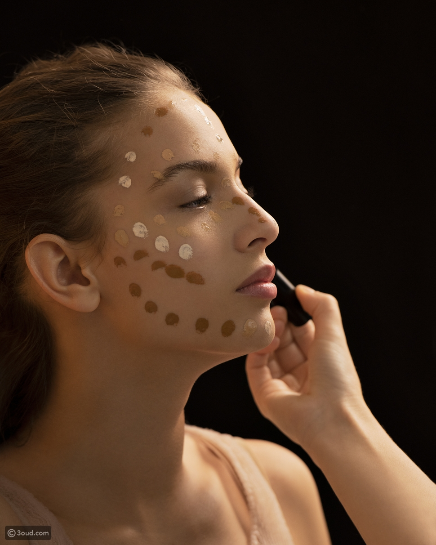 تقدم شركة Make Up for EVER مستحضرات تنظيف البشرة المخملية غير اللامعة