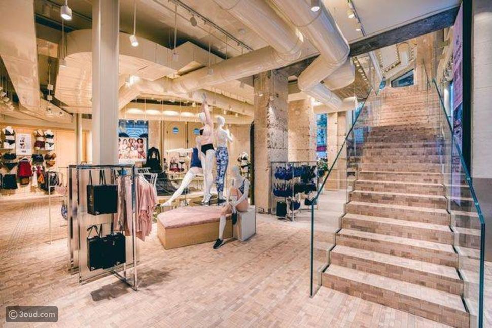 Etam تفتتح بوتيكها بمساحة 500 متر مربع في باريس