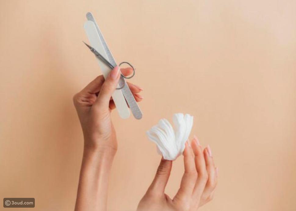 أدوات تقليم الأظافر