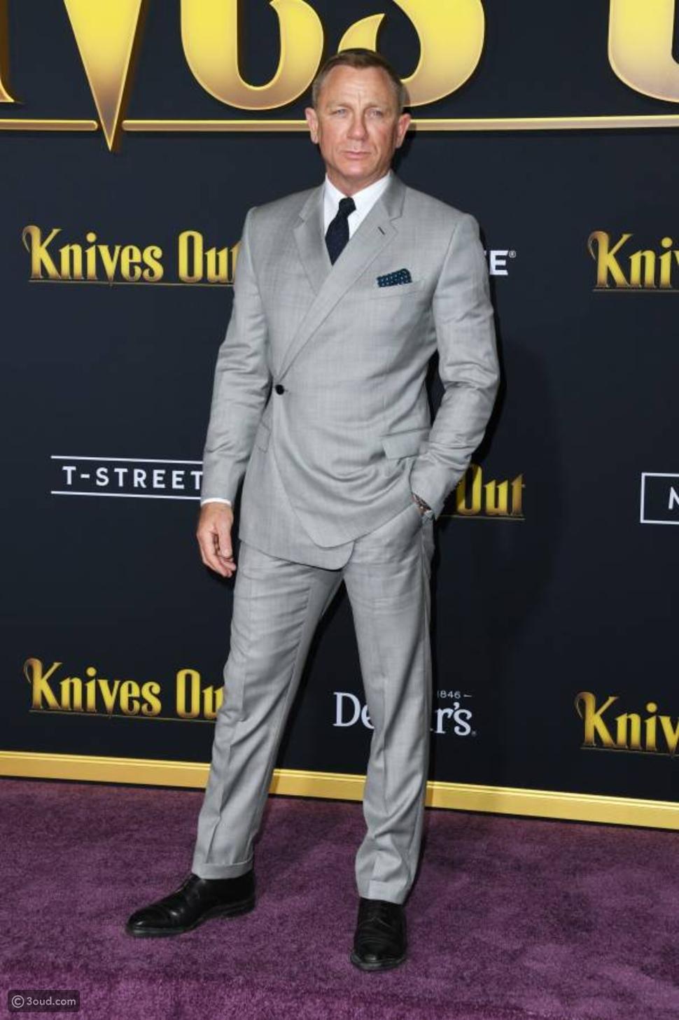 النجم دانيال كريغ في افتتاح فيلم knives out