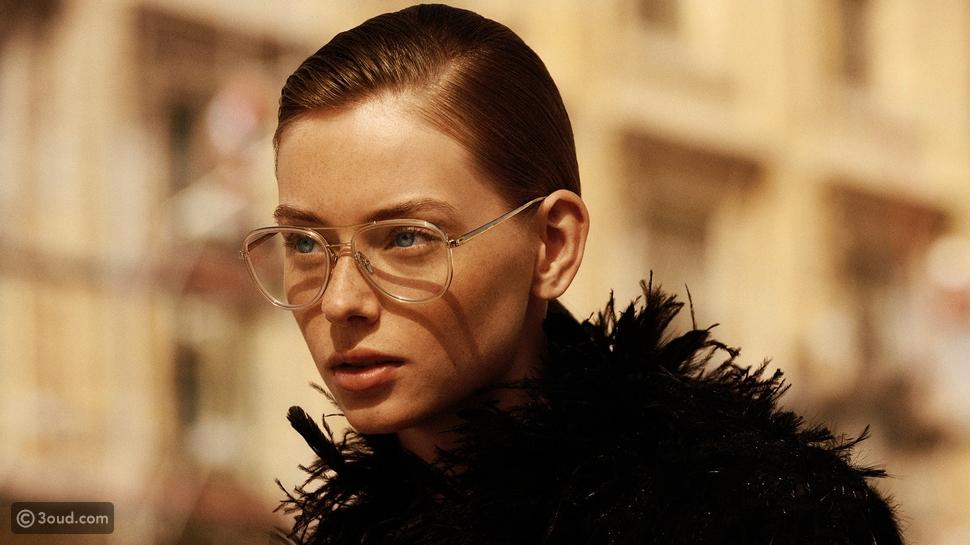 شاهدي مجموعة النظارات الطبية جديدة من Chanel