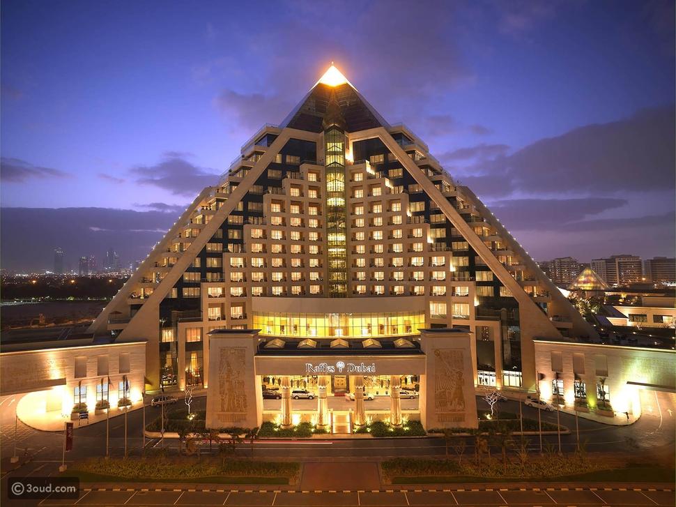 فندق رافلز