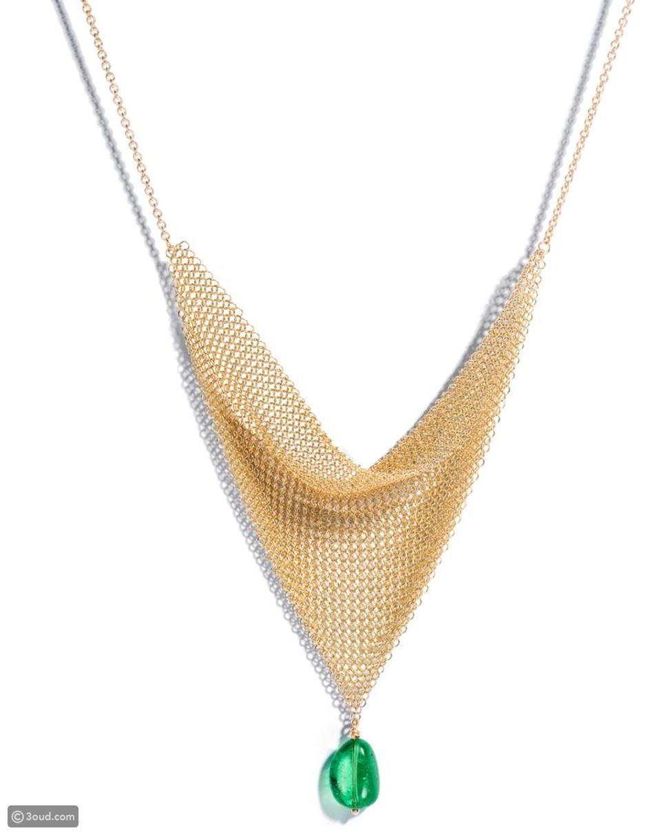 Tiffany & CO  تعيد إصدار تصاميم إلسا بيريتي أيقونة في صناعة المجوهرات
