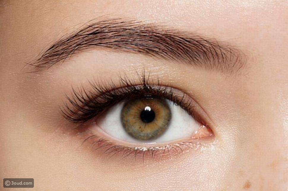 خدع بالمكياج  تُظهر عيونك أوسع