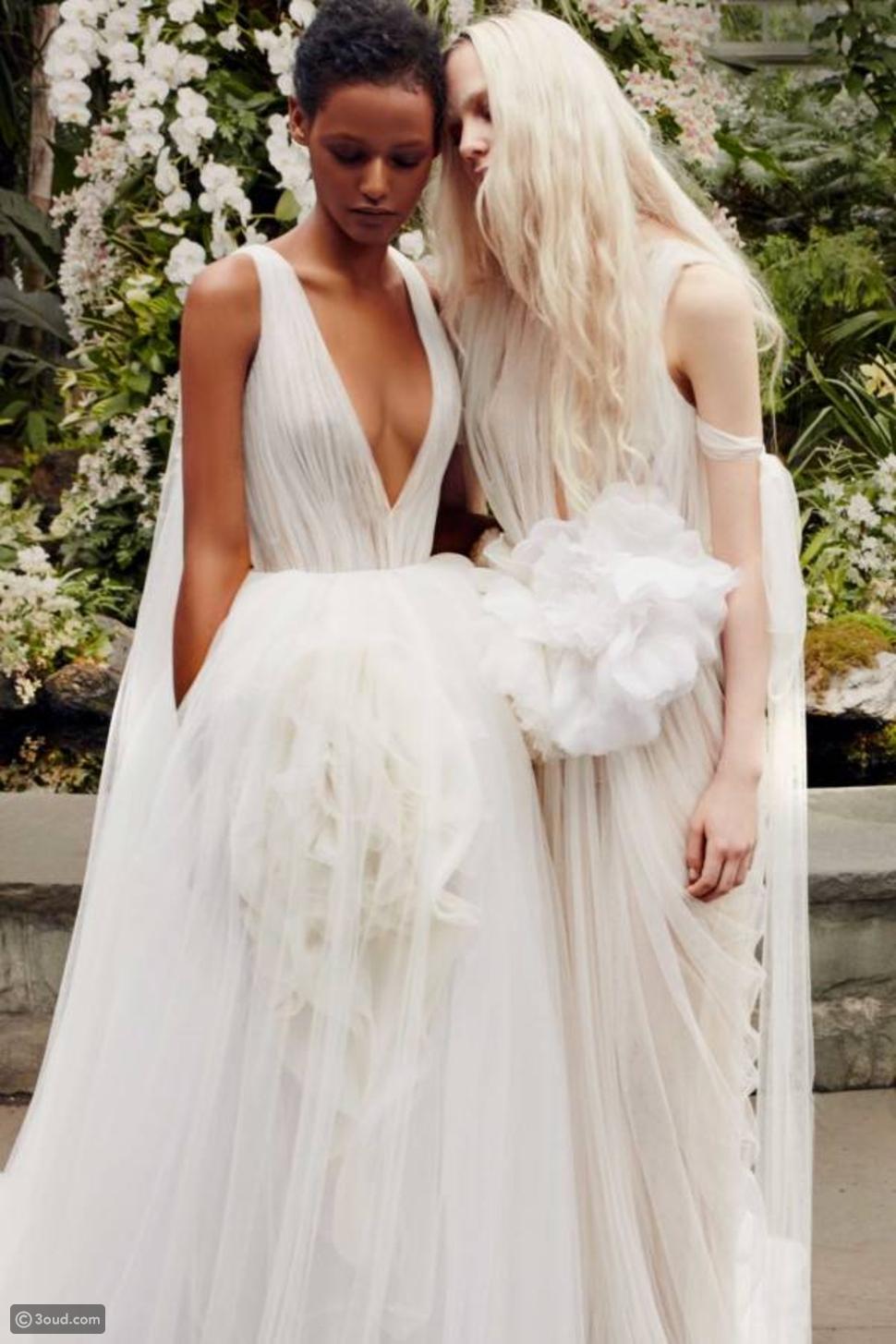 فيرا ونغ تتألق في أسبوع الموضة للعروس في نيويورك