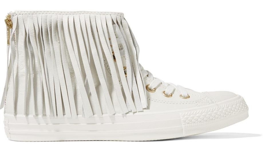 أحذية رياضية يجب أن تكون في خزانتك