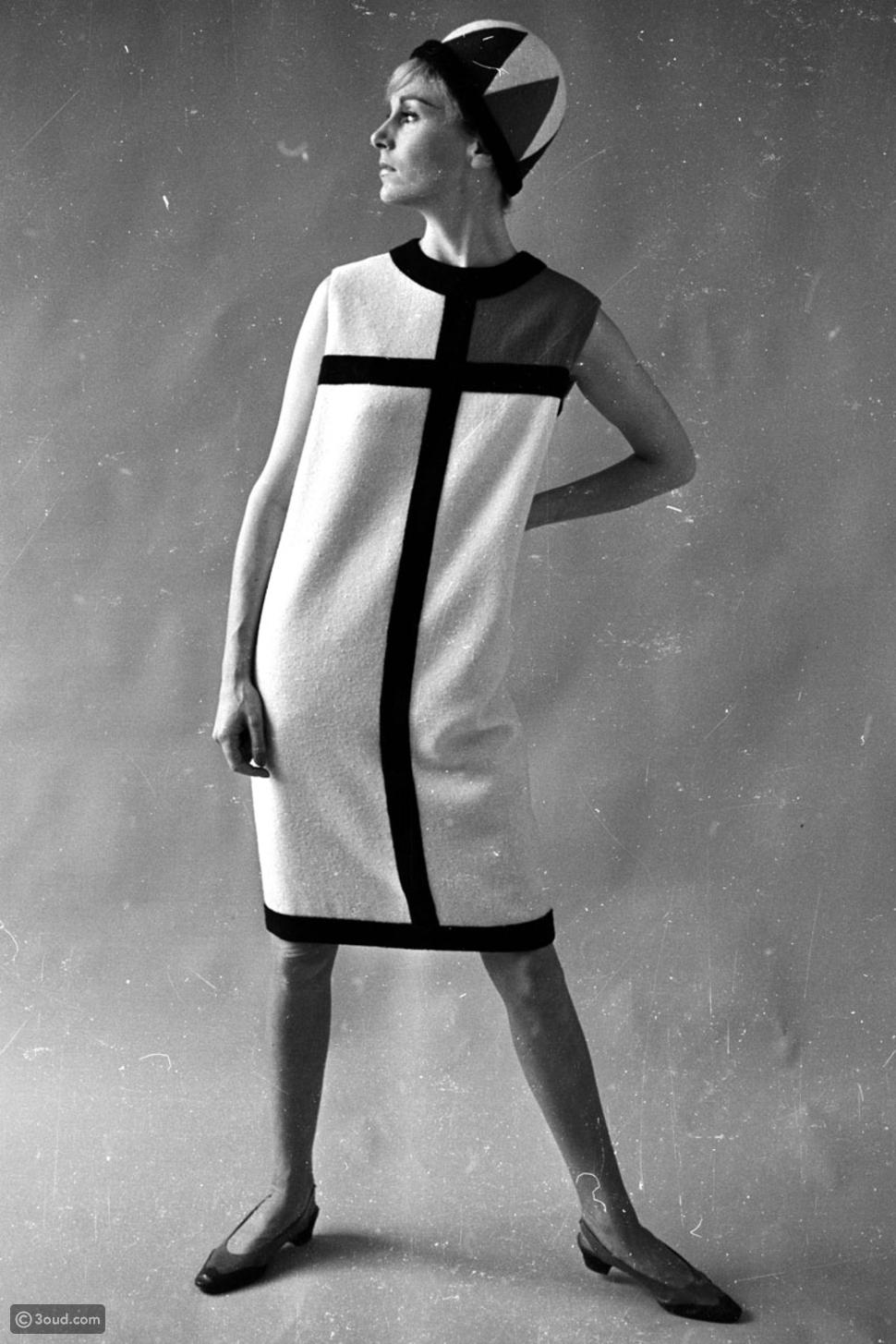 فستان ايف سان لوران