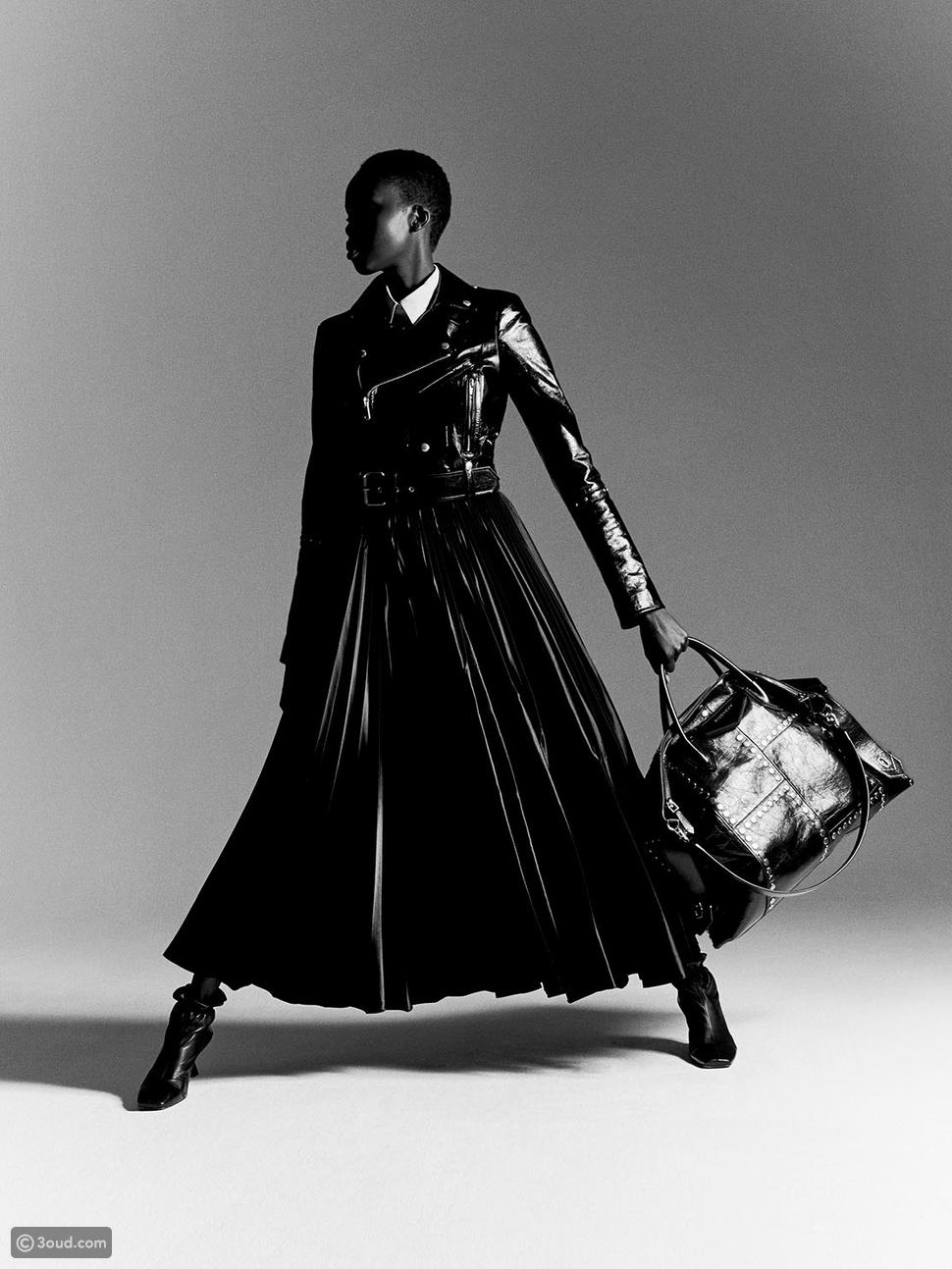 Givenchy تكشف النقاب عن الإصدار الجديد من حقيبة Antigona