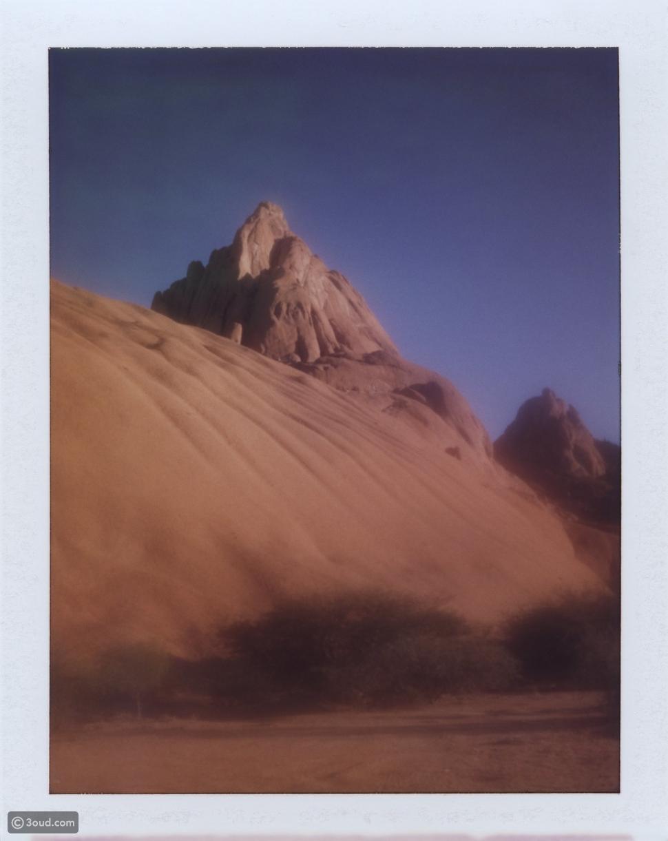 Chanel تطلق مجموعة مكياج Dream Dream.. ألوان الصحراء الساحرة