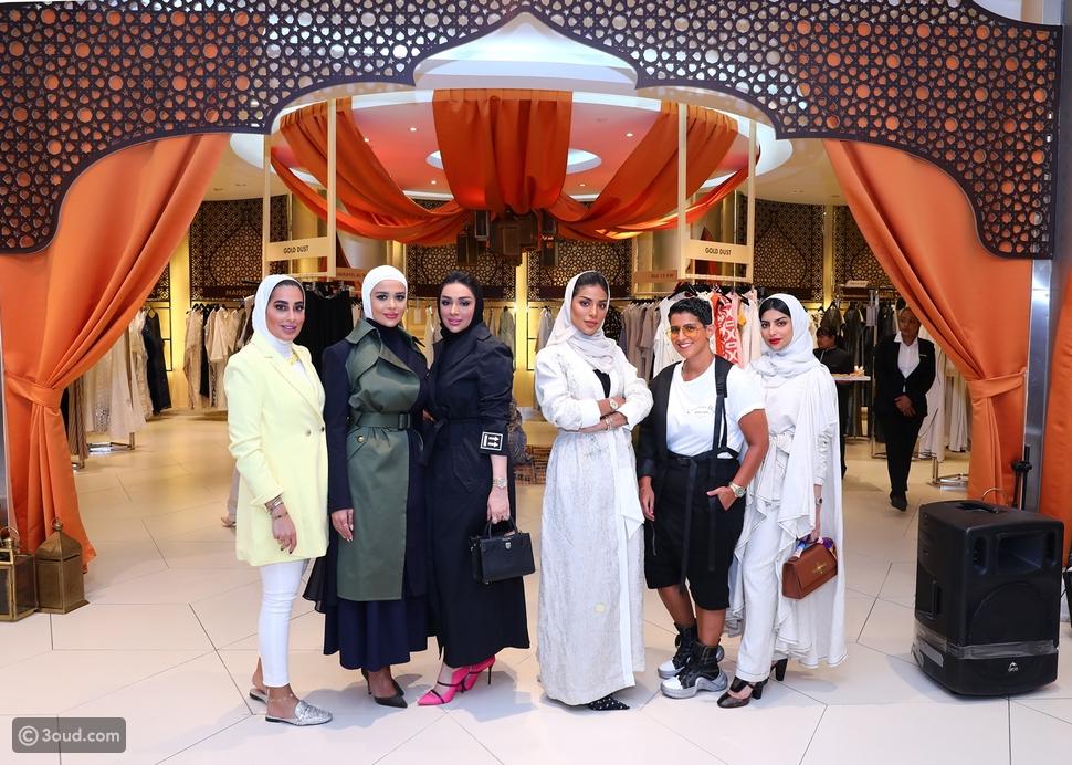 هارفي نيكلز يستعد لاستقبال شهر رمضان مع تشكيلة مميزة من القفاطين