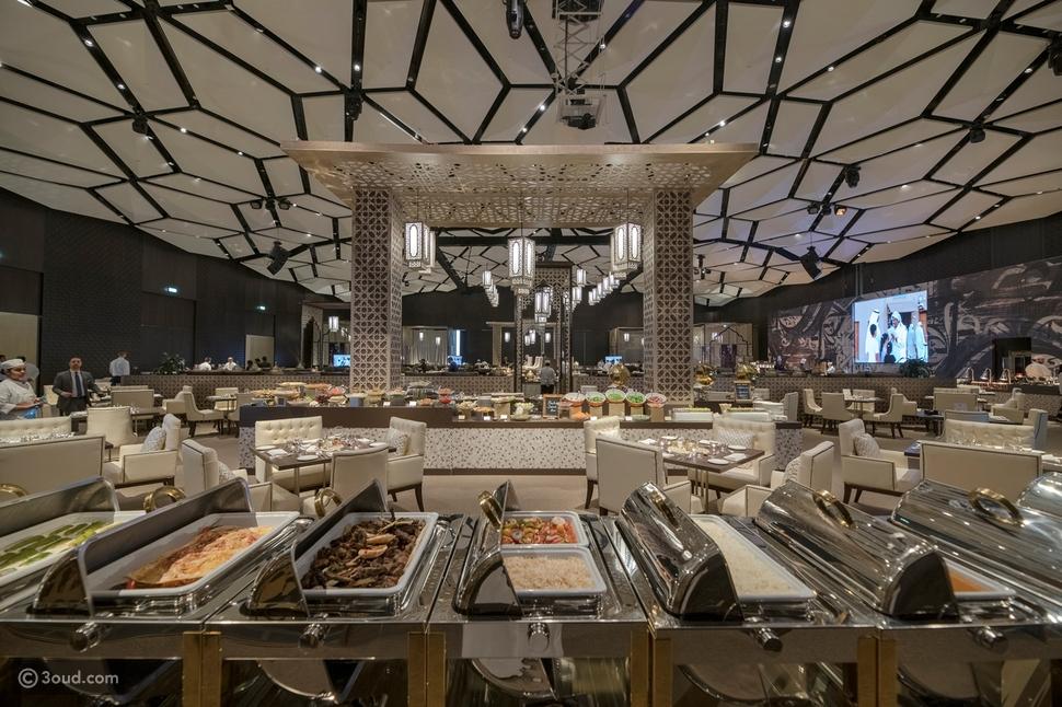 """فورسيزونز الكويت يستقبل رمضان بجائزة """"أفضل فندق أعمال في الكويت"""""""