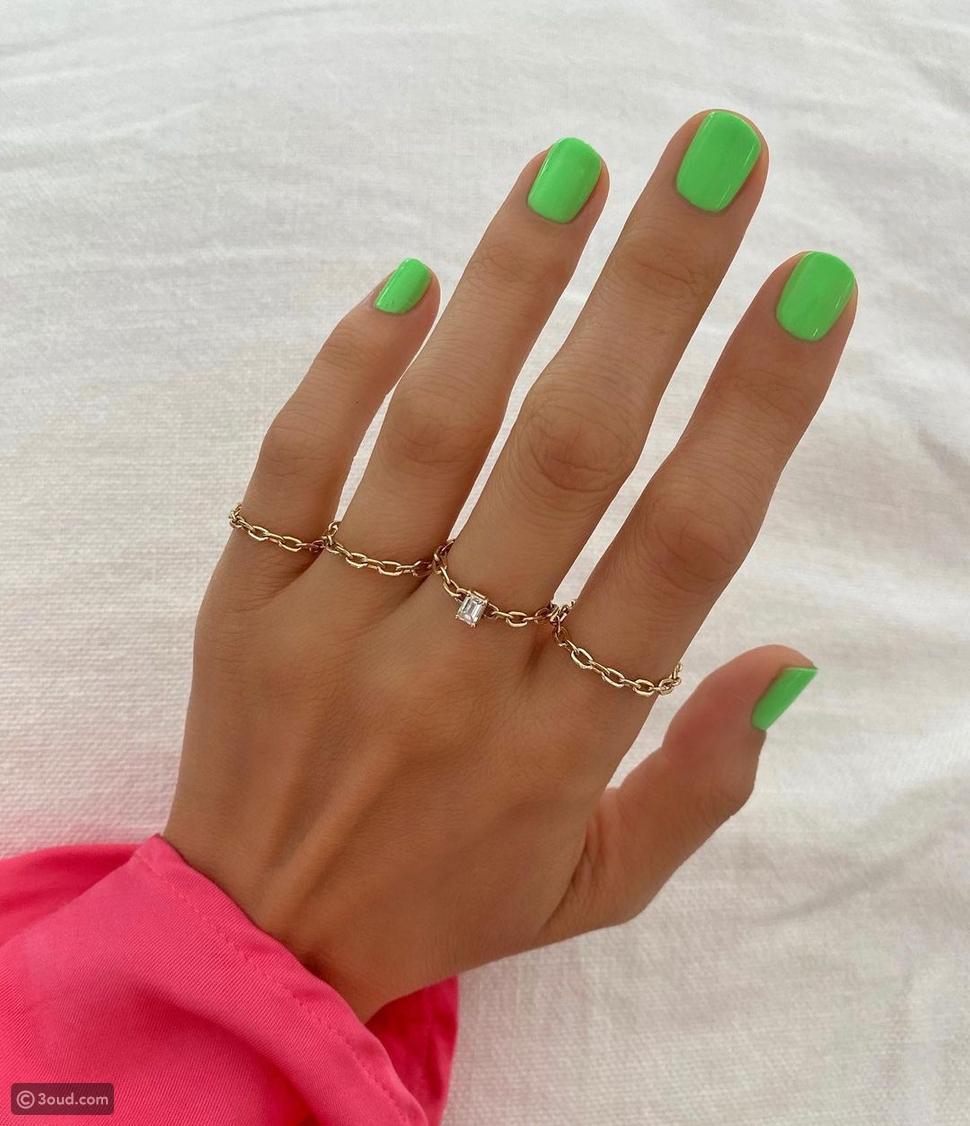 الأخضر النيون