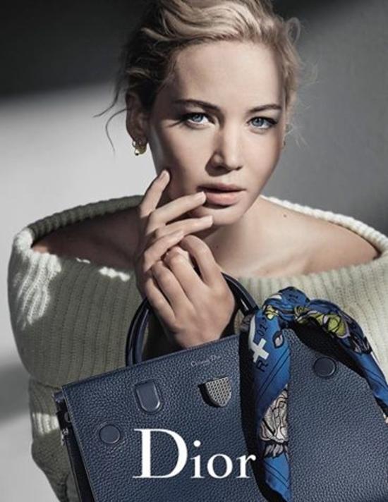 الحملة الإعلانية لمجموعة حقائب Dior خريف 2016 بالتعاون مع جينيفر لورانس
